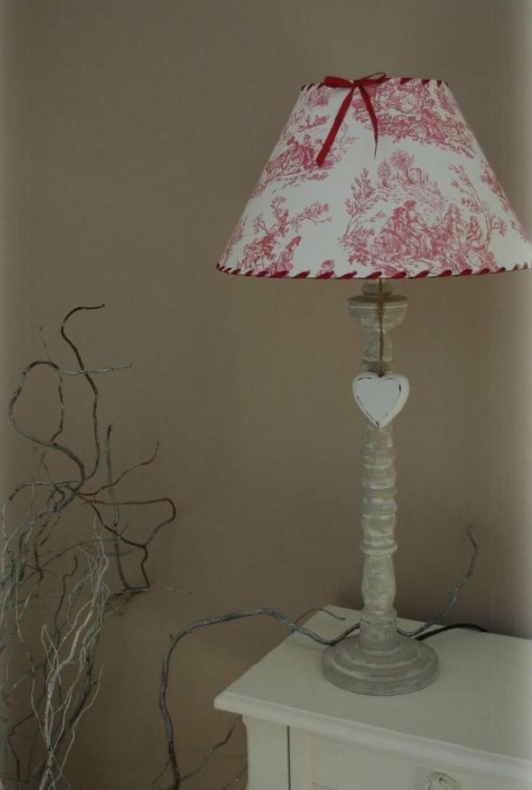 lampe chevet très coquette