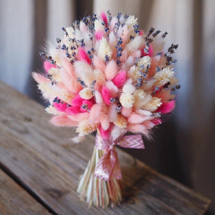 lavande et fleurs séchées bouquet de mariée champêtre