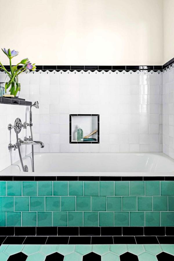 le carrelage salle de bain combinaison de trois couleurs