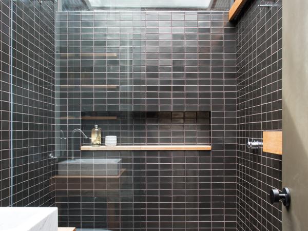 le carrelage salle de bain comme des briques