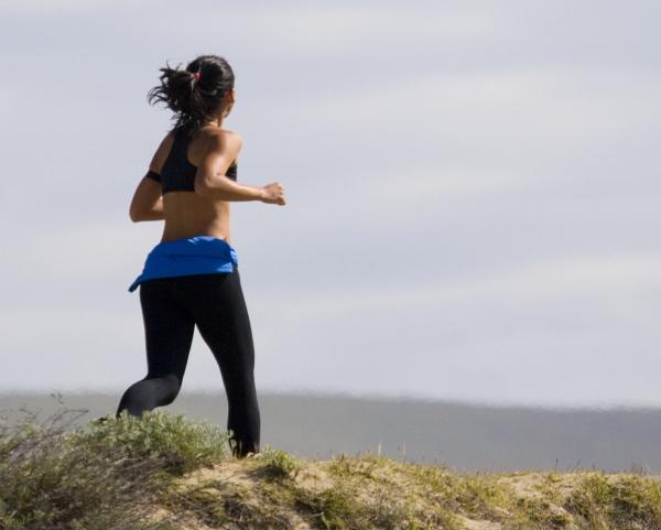 les bienfaits du jogging courir sur le bord de la mer