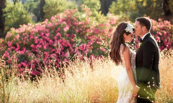mariage parfait dans le champ