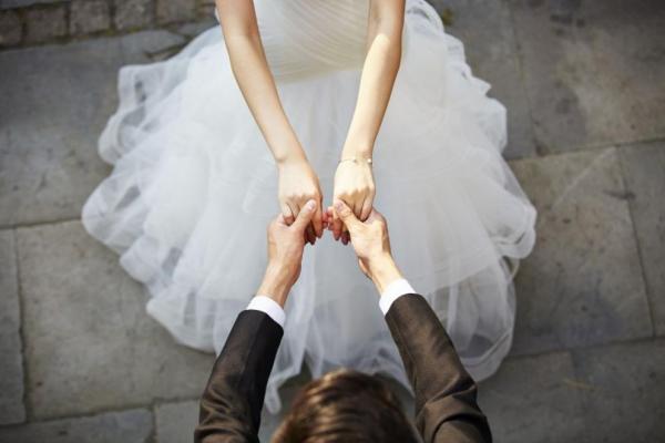mariage parfait mains tendues
