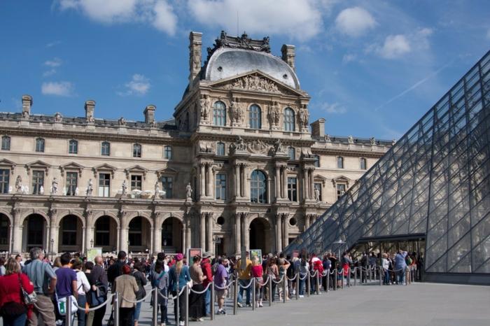 musée du louvre visiteurs