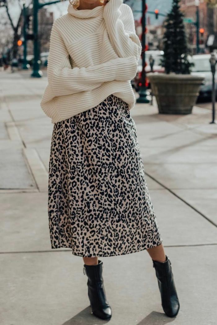 pull et jupe motifs léopard tendances automne hiver 2019 2020