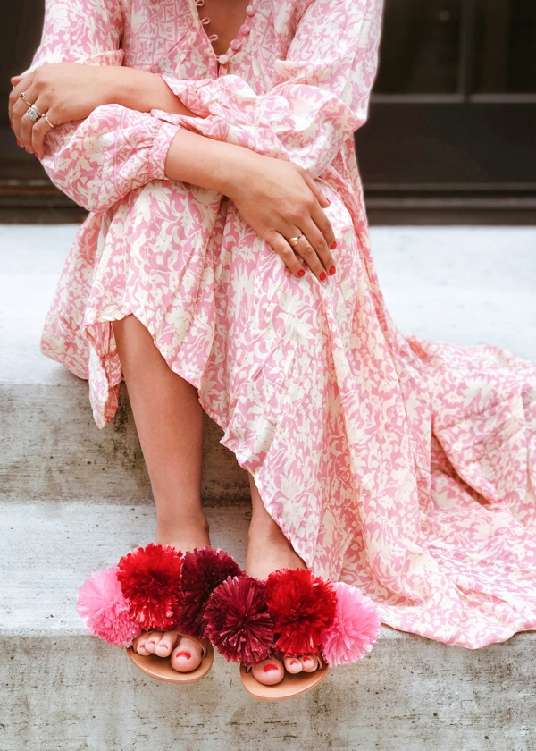 sandales pompon diy pour femme pompons en raphia
