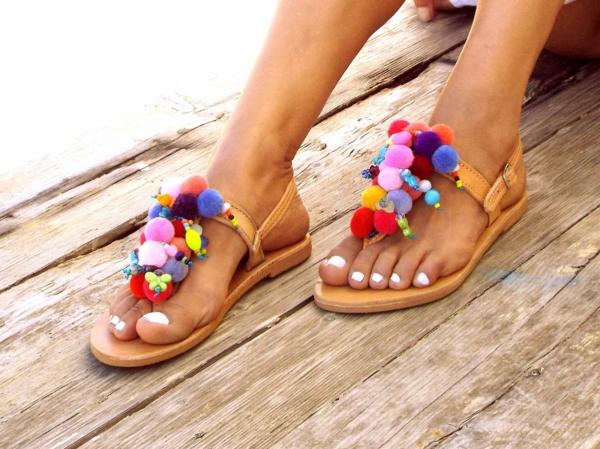 sandales pompon diy pour femme pompons et perles plastique