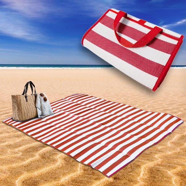 tapis de plage en paille dans la gamme rouge