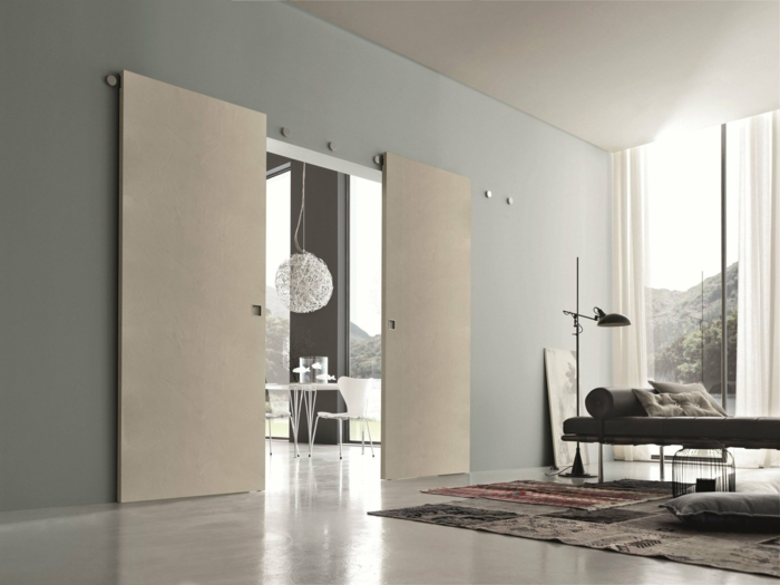 touche de style avec des portes coulissantes
