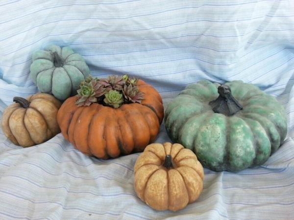 Comment faire une citrouille en béton pour décorer l'intérieur en automne