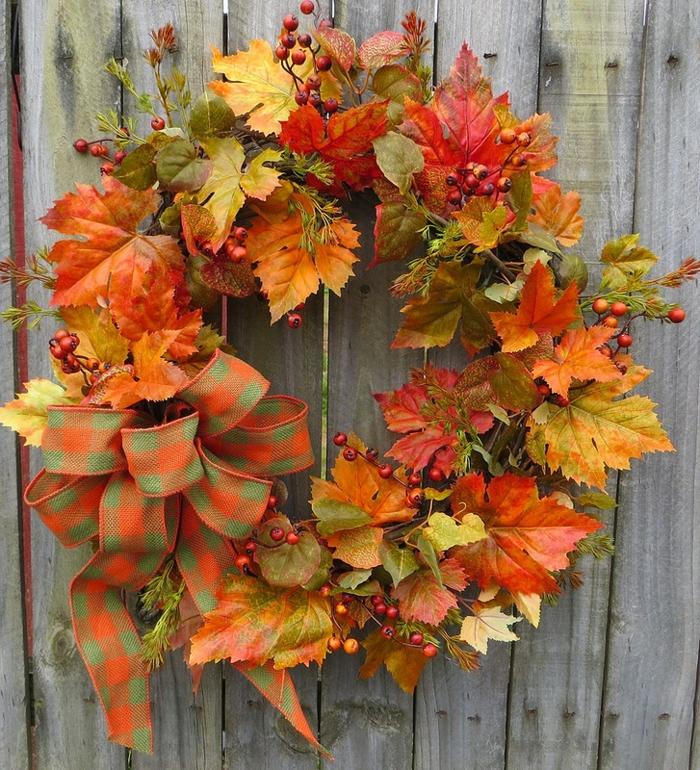 activités manuelles automne couronne pour la porte