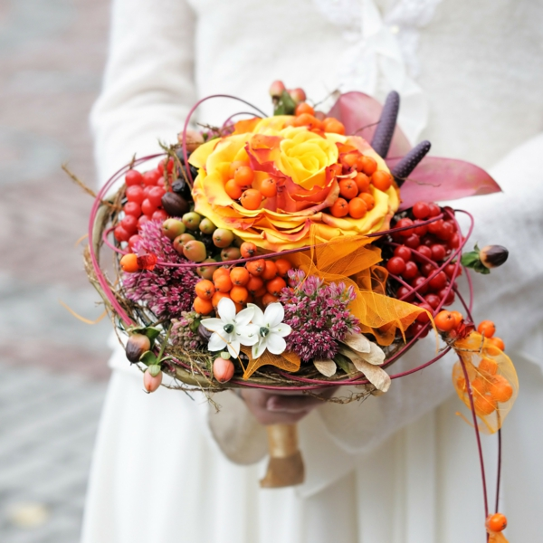 bouquet de mariée automnal herbes baies