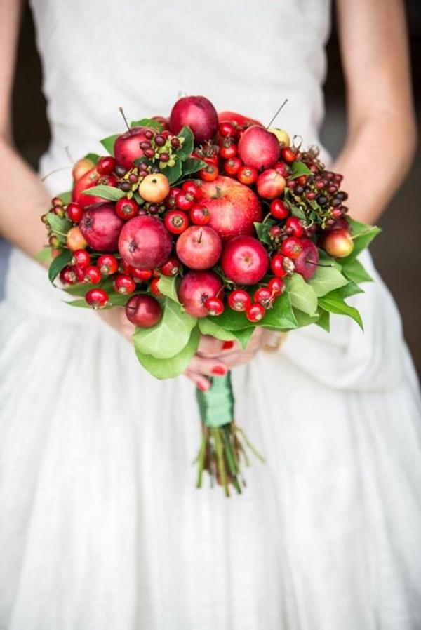 bouquet de mariée automnal pommes et baies
