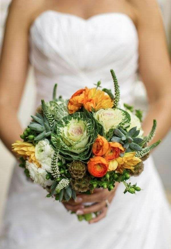 bouquet de mariée automnal renoncules succulentes chou