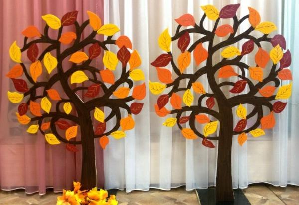 bricolage automne arbres en carton coloré