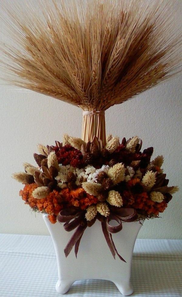 bricolage automne arrangement floral épis de blé