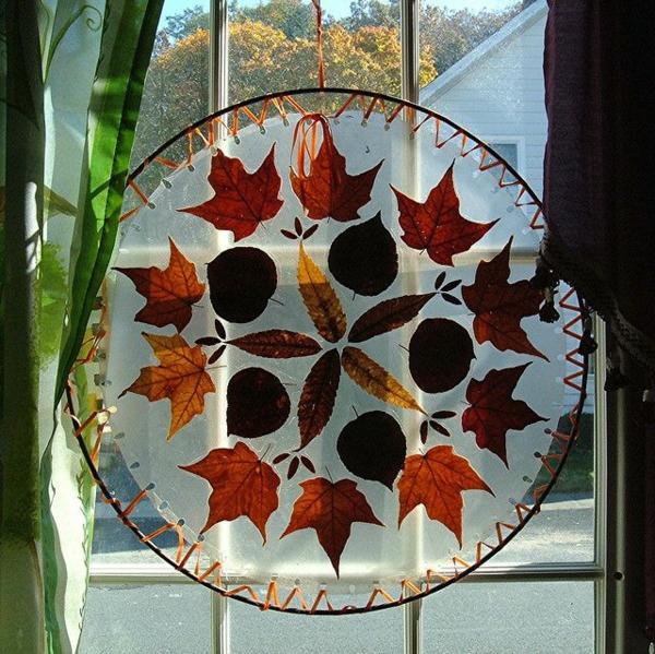 bricolage automne attrape-soleil feuilles automnales
