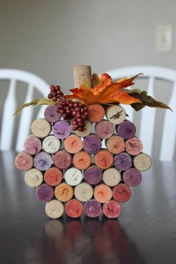 bricolage automne avec des bouchons de liège