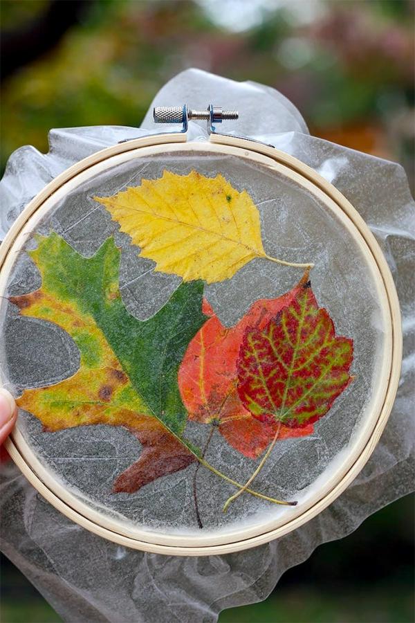 bricolage automne cerceau à broder feuilles d'automne