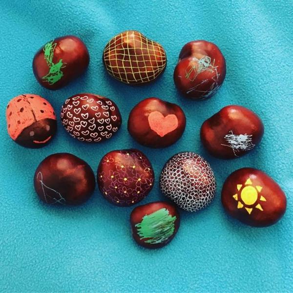 bricolage automne châtaignes colorées