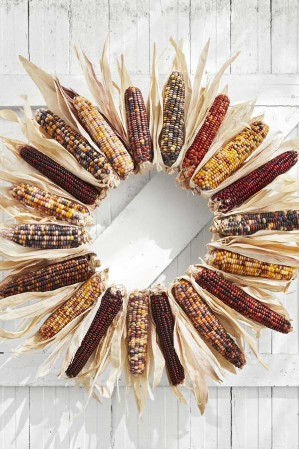 bricolage automne couronne de porte épis de maïs