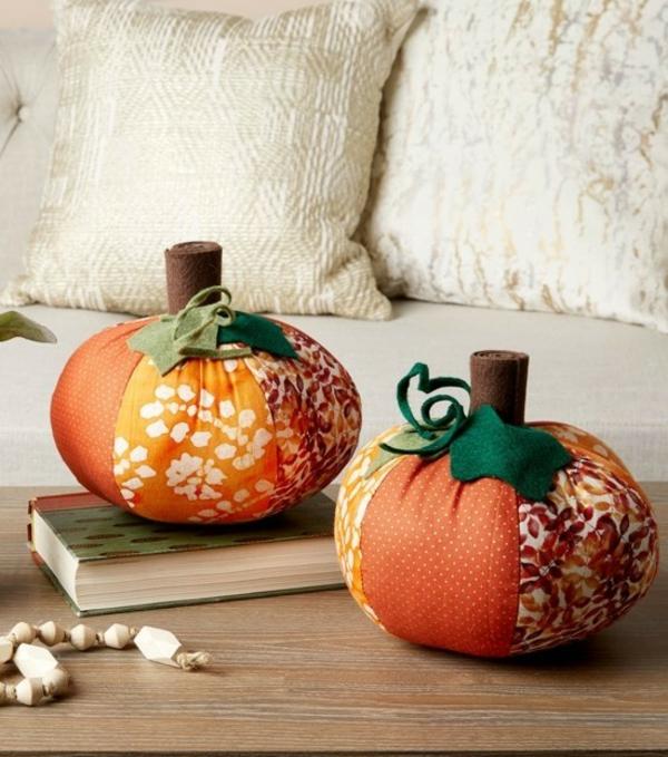 bricolage automne déco de table citrouilles en textile