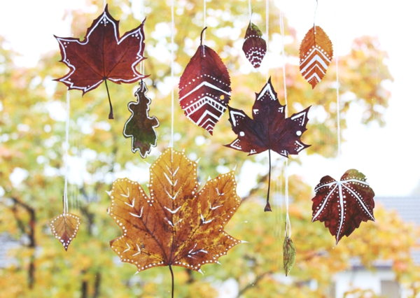 bricolage automne fenêtre feuilles d'automne