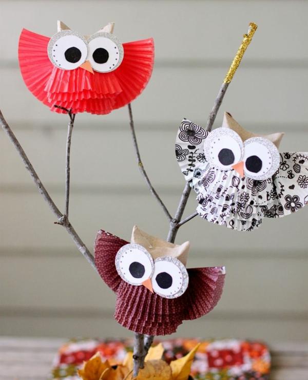 bricolage automne hiboux en moules à muffins en papier