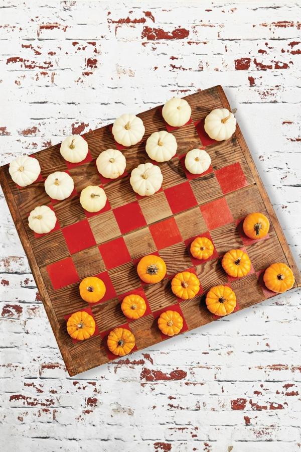 bricolage automne jeu d'échecs mini-citrouilles