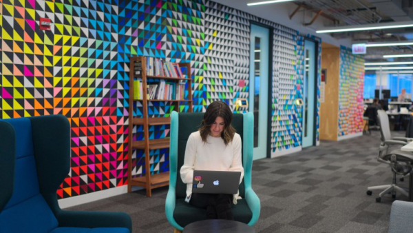 bureau contemporain design chaise confortable
