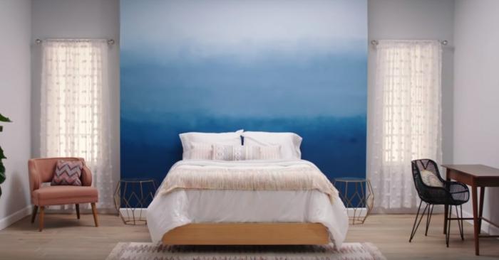 chambre tendance en bleu effet tie and dye