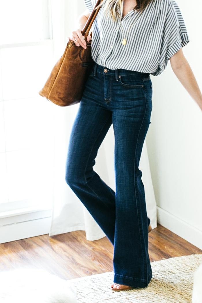 chemise à rayures et jean flare femme