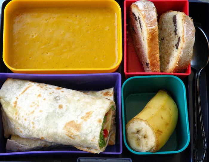 conservation des aliments dans des boîtes