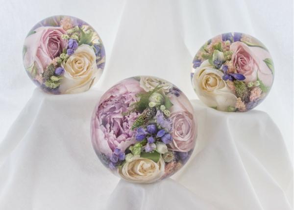 conserver un bouquet de mariage résine époxy presse-papier