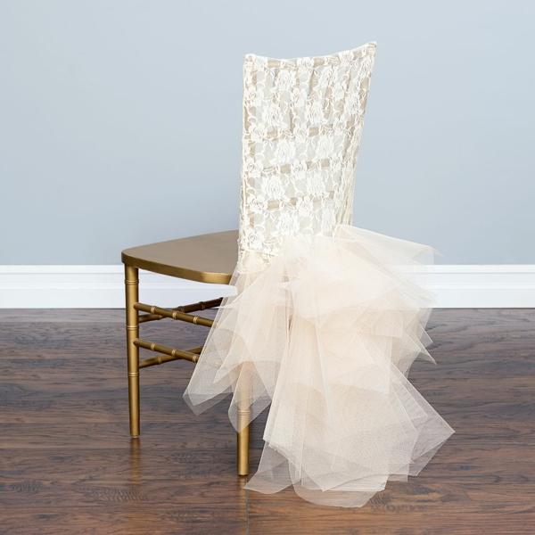 déco mariage housses de chaises en dentelle