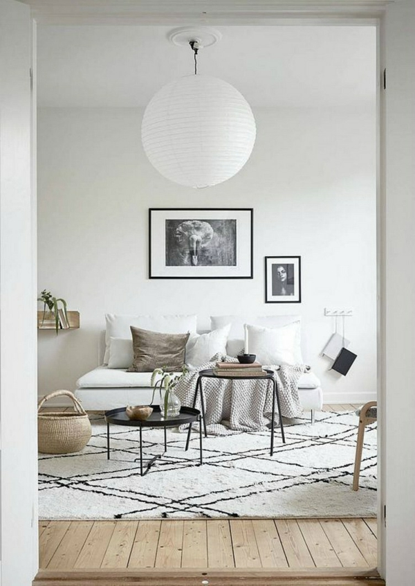 déco salon scandinave 2020 tapis berbère tables basses en métal