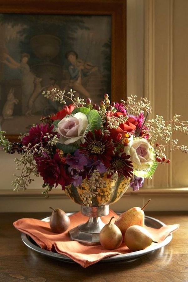 décoration florale automnale fleurs poires