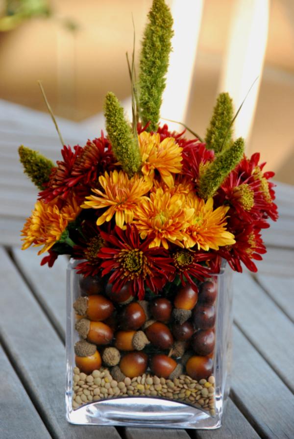 décoration florale automnale glands fleurs lentilles