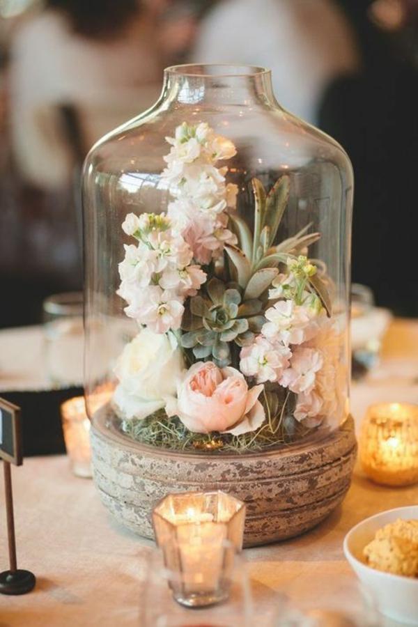 décoration florale automnale mousse roses hortensias
