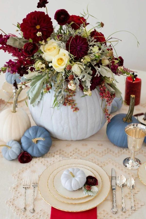 décoration florale automne citrouilles