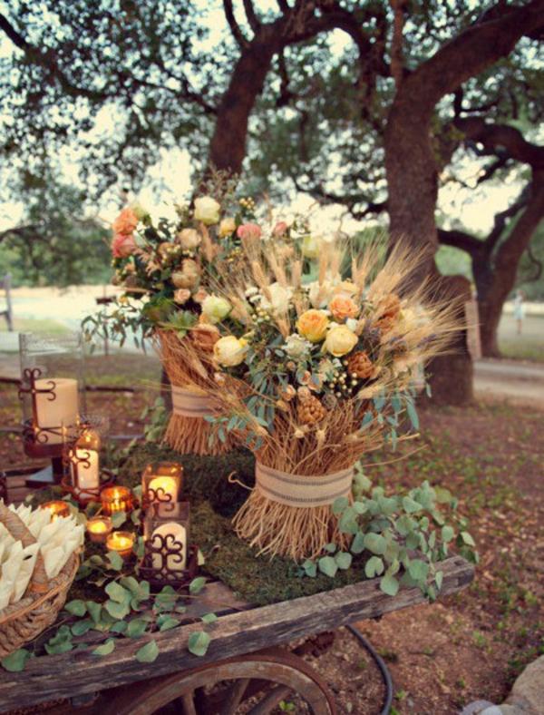 décoration florale automne extérieur épis de blé eucalyptus roses