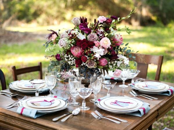 décoration florale automne mariage extérieur fleurs eucalyptus