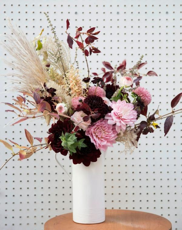 décoration florale automne roses herbes