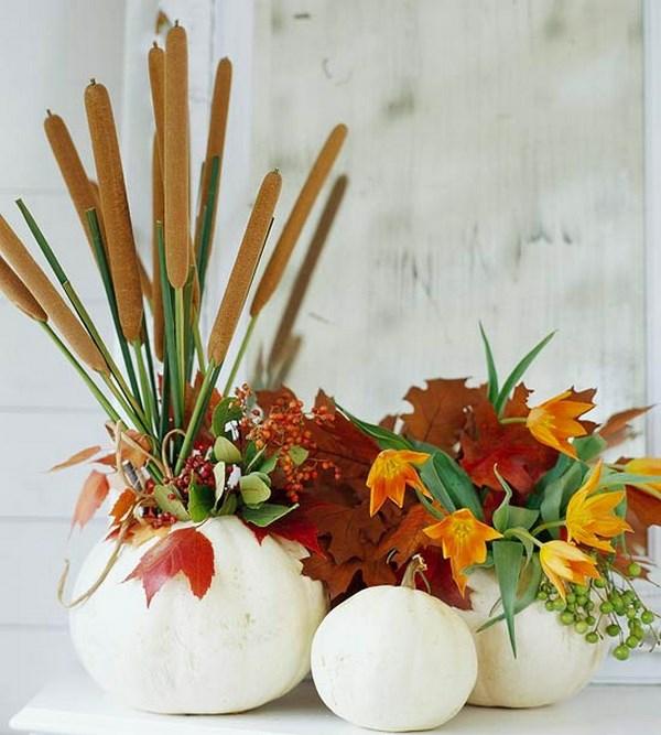 décoration florale automne typha feuilles citrouille blanche