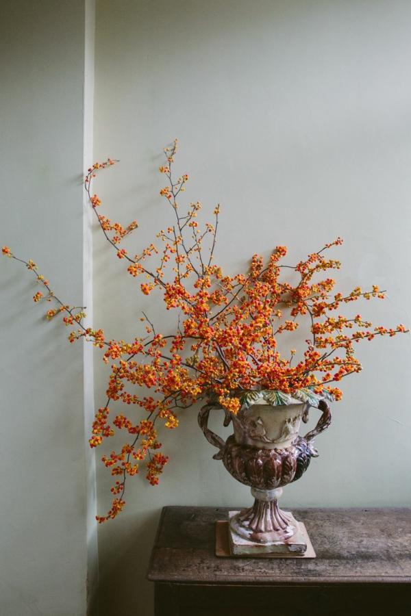 décoration florale d'automne baies de rowan