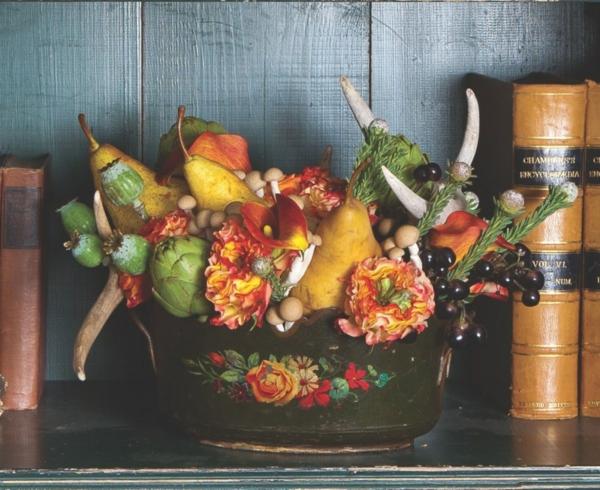 décoration florale d'automne poires baies fleurs