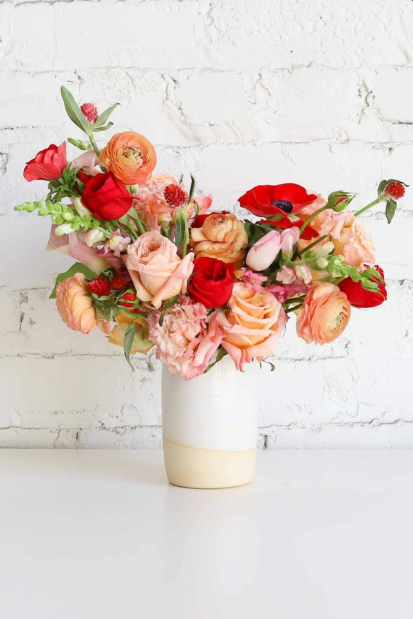 décoration florale d'automne roses pavots