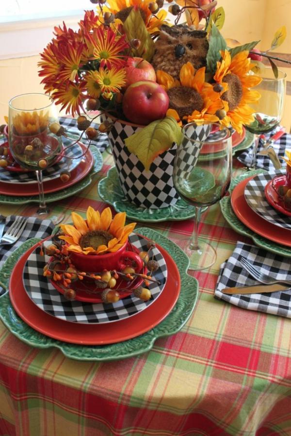 décoration florale d'automne tournesols pommes glands