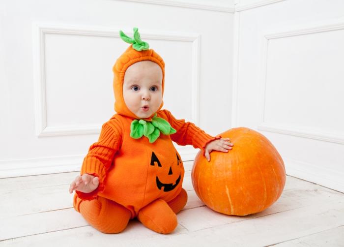déguisement-halloween-bébé-citrouille