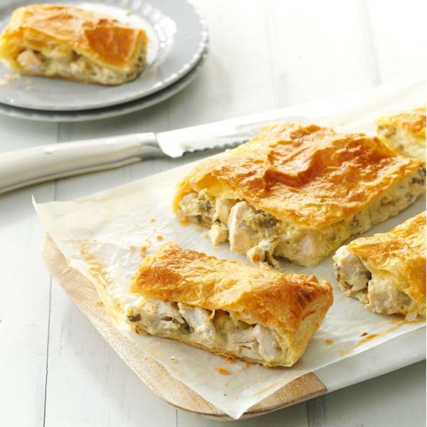feuilleté apéro aux halapenos frits poulet et fromage